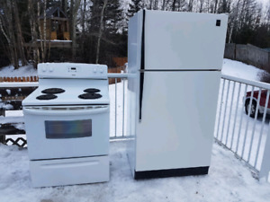Fridge and stove.JPG